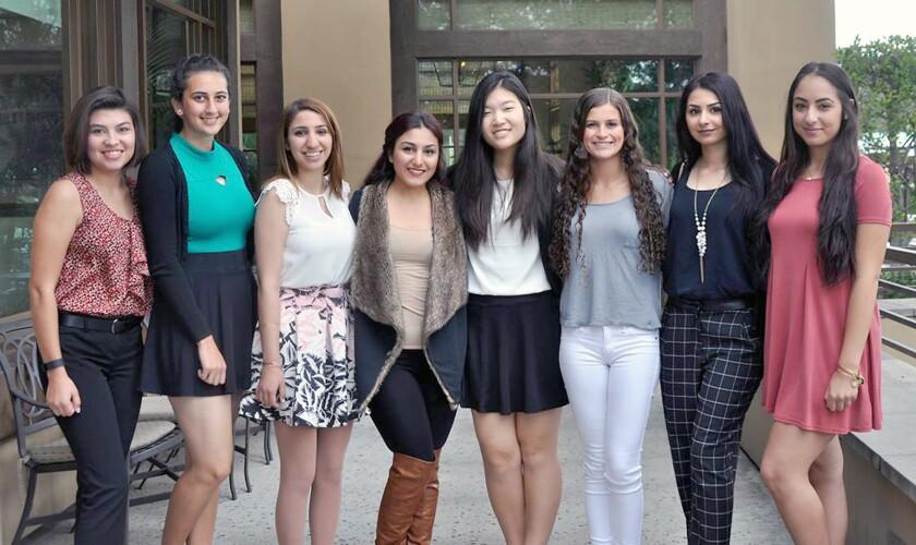 Oakmont League scholarship recipients