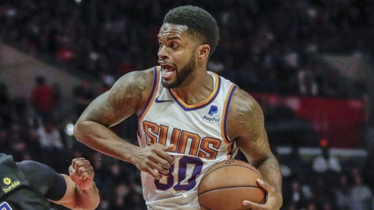 Lakers agree to a one-year deal with Troy Daniels - Los