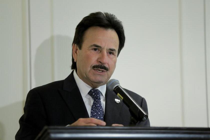 El alcalde de la ciudad mexicana de Tijuana, Juan Manuel Gastélum, declaró hoy una crisis humanitaria en esta ciudad ante la necesidad de recursos para atender a los miles de integrantes de la caravana migrante centroamericana. EFE/ARCHIVO