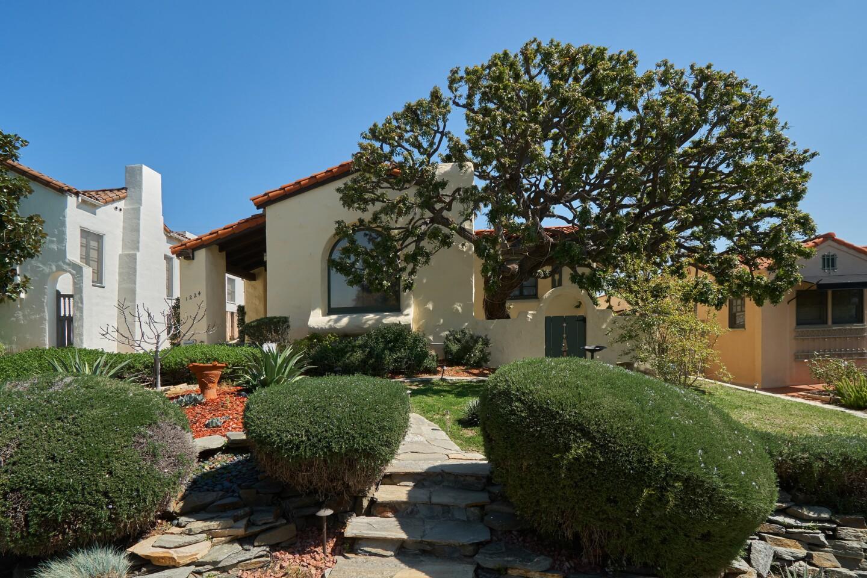 Ana Patricia Candiani's Glendale home | Hot Property