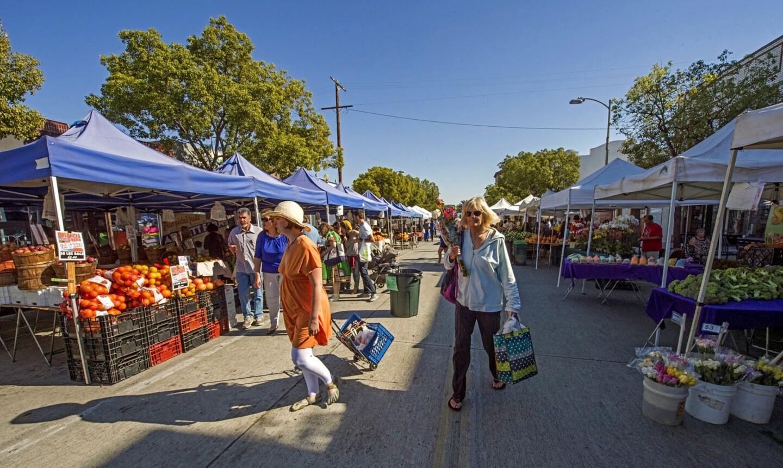The Culver City farmers market features 30 vendors.