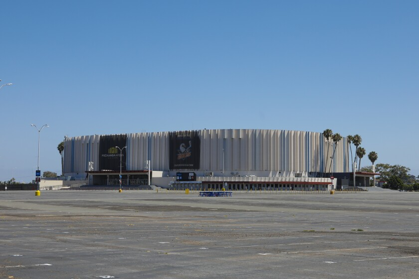 San Diego's aging sports arena would be remodeled or entirely rebuilt under competing development proposals
