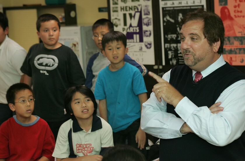 Rafe Esquith asks students a question during a history lesson at Hobart Boulevard Elementary School in June 2005.