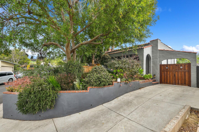 Marc Maron's Highland Park bungalow | Hot Property