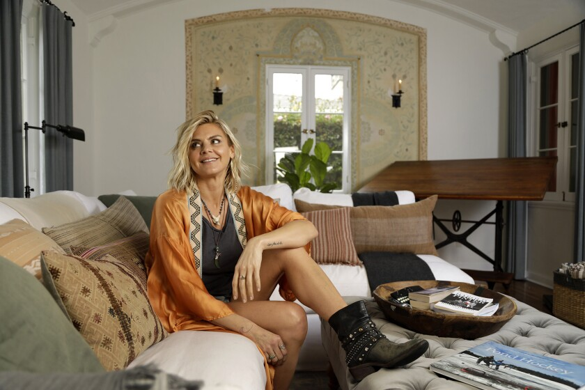 My Favorite Room | Actress Eliza Coupe