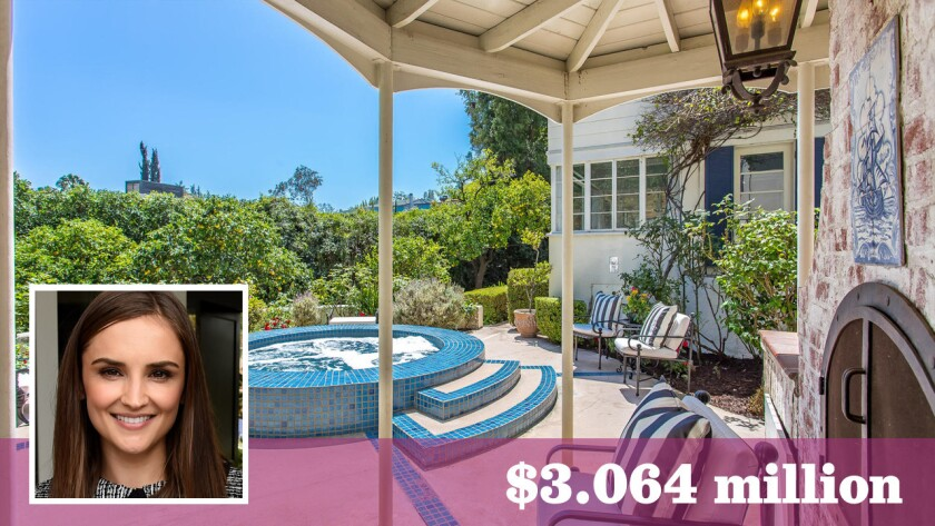 Actress Rachael Leigh Cook as sold her longtime home in Hollywood Hills West for $3.064 million.