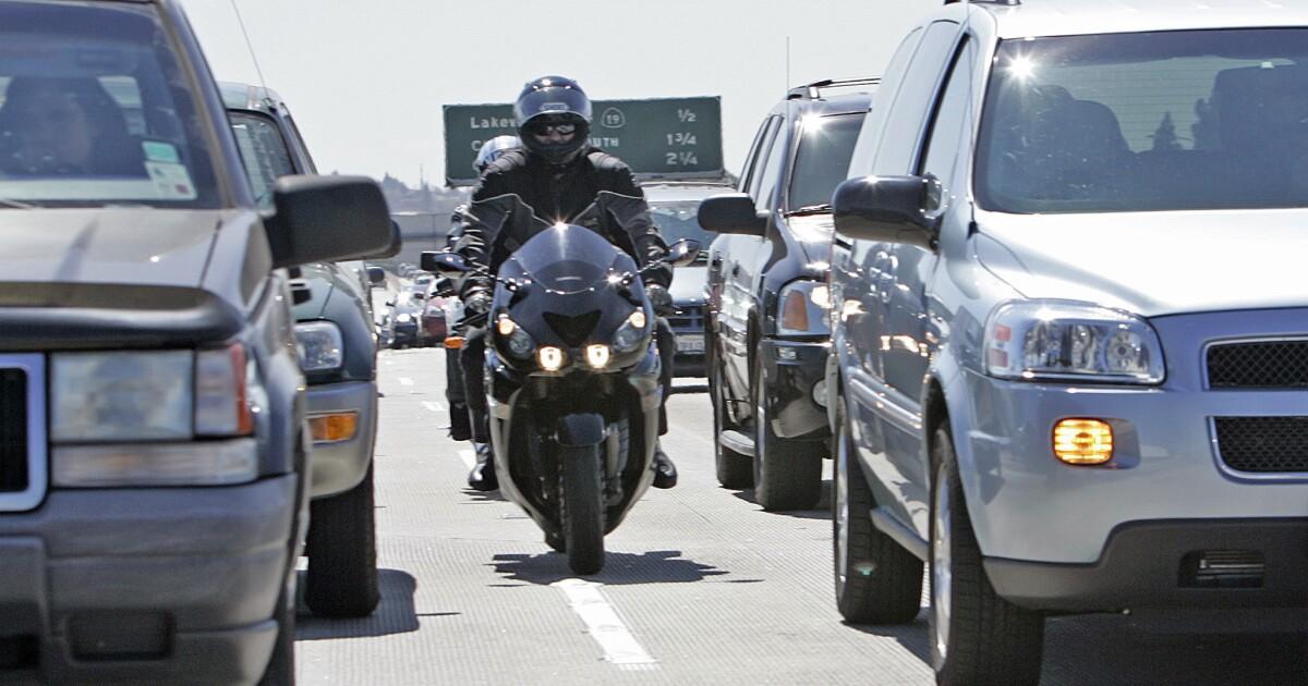 California DMV joins motorcycle lane-splitting controversy