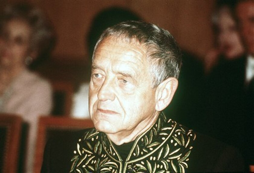 Andrew Wyeth is seen in this 1977 file photo.  Wyeth has died at the age of 91 at his home outside Philadelphia according to Hillary Holland, a spokeswoman for the Brandywine River Museum. (AP Photo)