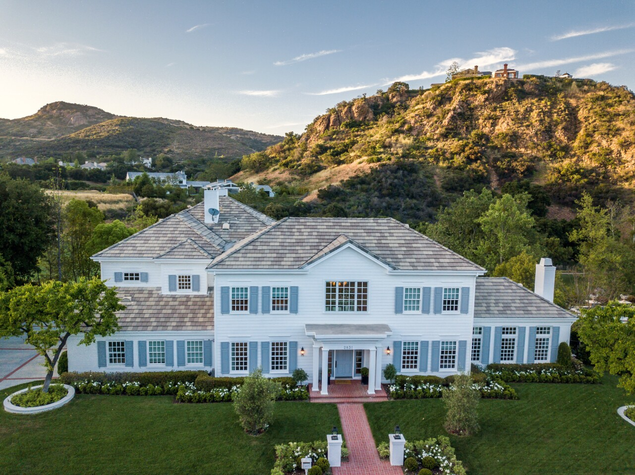 Joshua Morrow's Lake Sherwood house | Hot Property