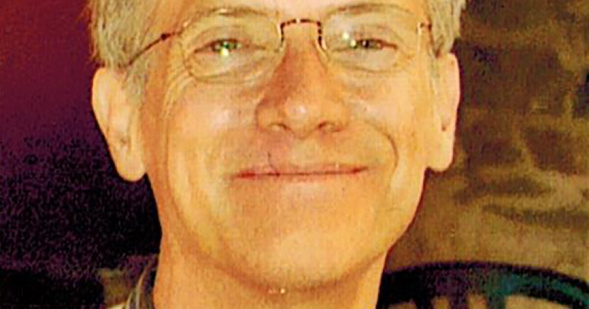 """Robert """"Bob"""" Browning, a Los Angeles Times copy editor who worked on Pulitzer Prize-winning series, has died, Swahili Post"""