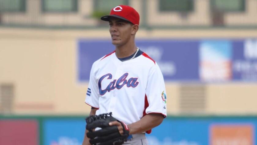 Yaisel Sierra, lanzador cubano.