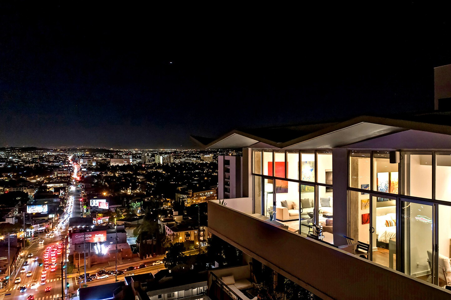 Home of the Week | West Hollywood penthouse puts '60s in the past