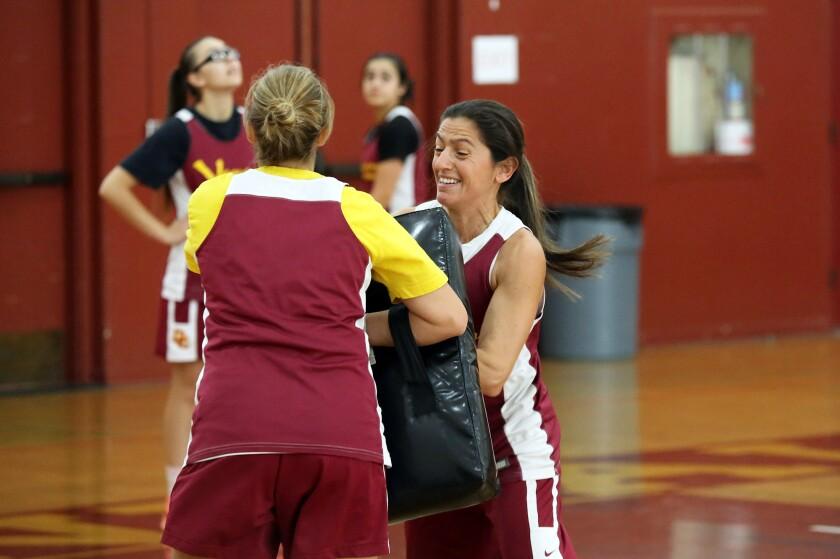 tn-gnp-sp-glendale-community-college-womens-basketball-20191030-2.jpg