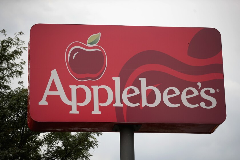 A group of 20 planned a gender reveal party at an Ohio Applebee's.