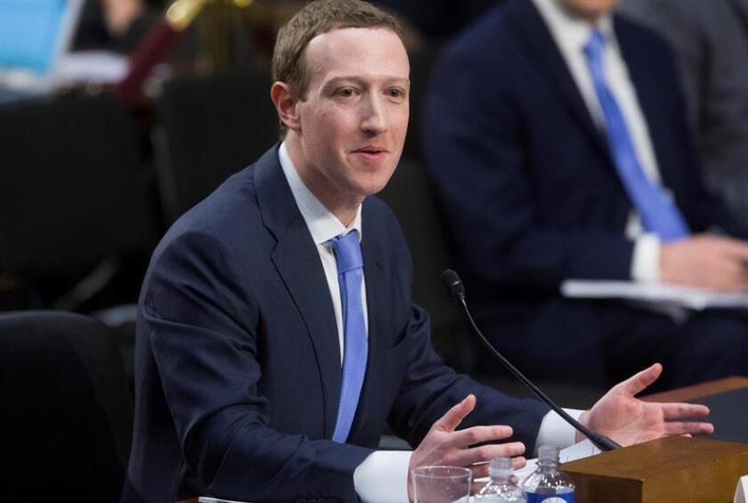 File photo taken April 10, 2018, showing Facebook CEO Mark Zuckerberg testifying before the US Senate. EFE-EPA/MICHAEL REYNOLDS/FILE
