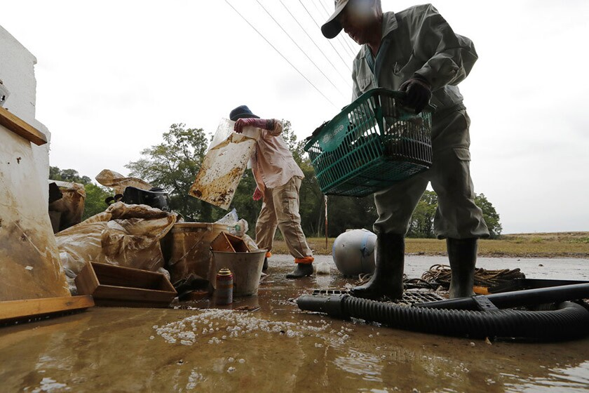 Typhoon leaves at least 36 dead as Japan continues rescues
