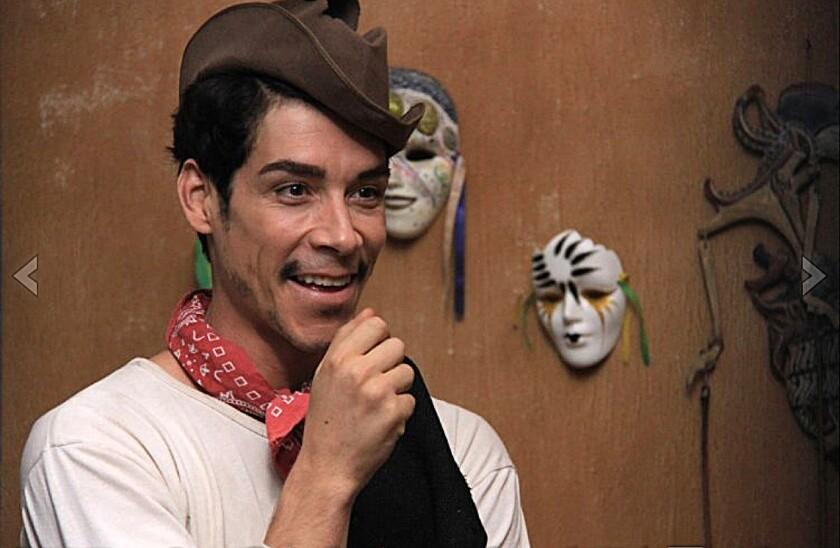 """Óscar Jaenada in """"Cantinflas."""""""