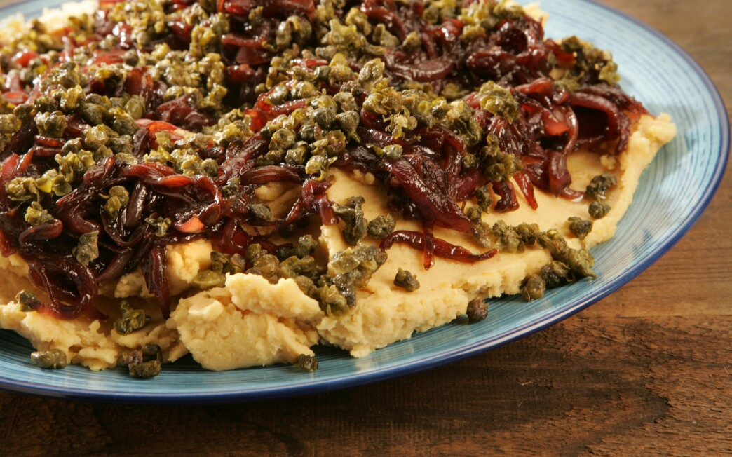 Psomi & Alati's yellow split pea puree with deep-fried capers