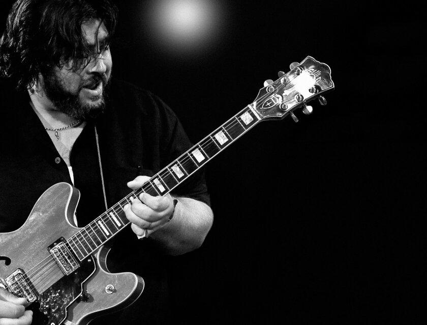 MUSIC ----- Nick Moss. Photo by M Kurgansky