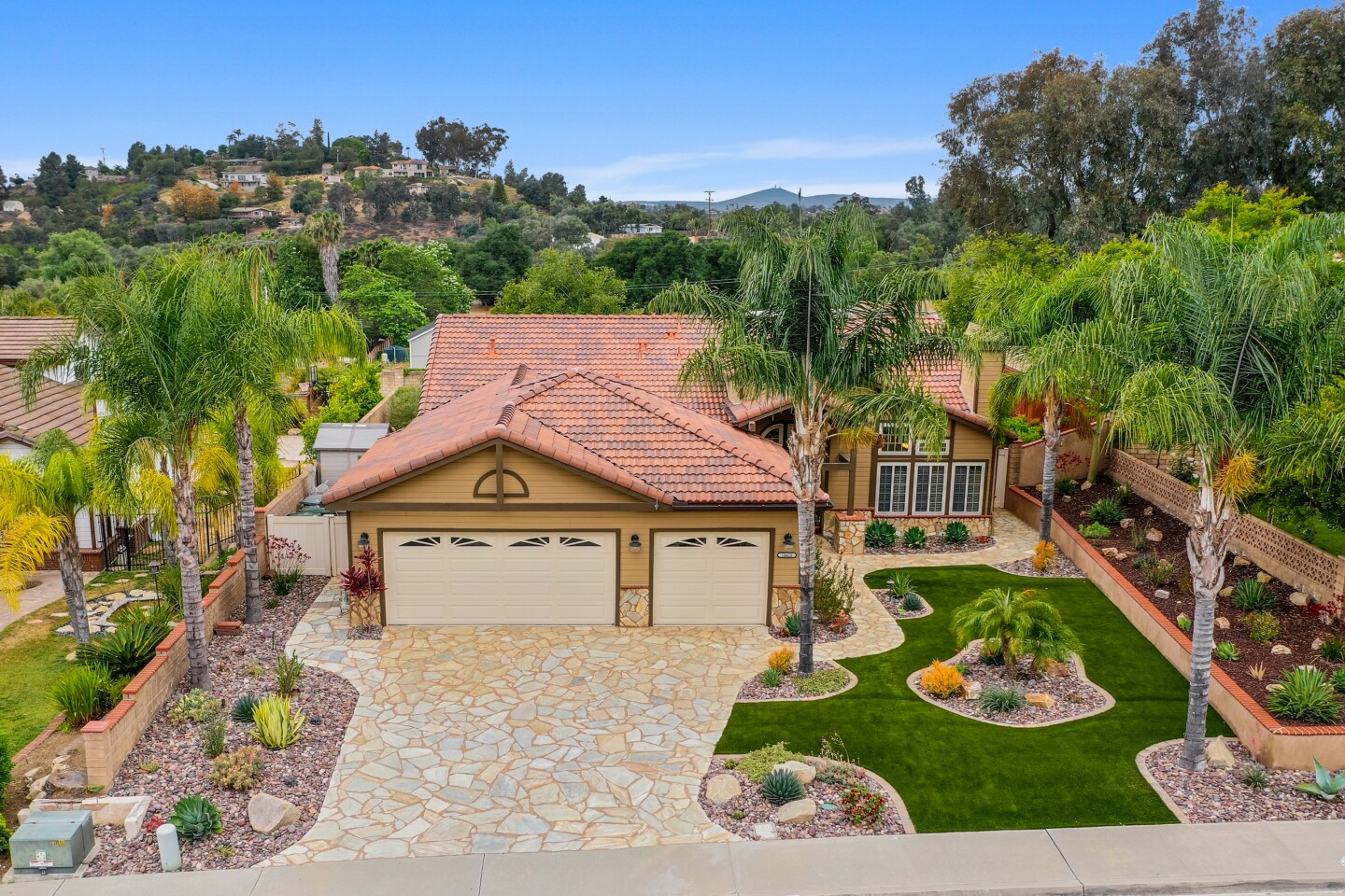 14420 Silver Heights Rd, Poway, CA 92064