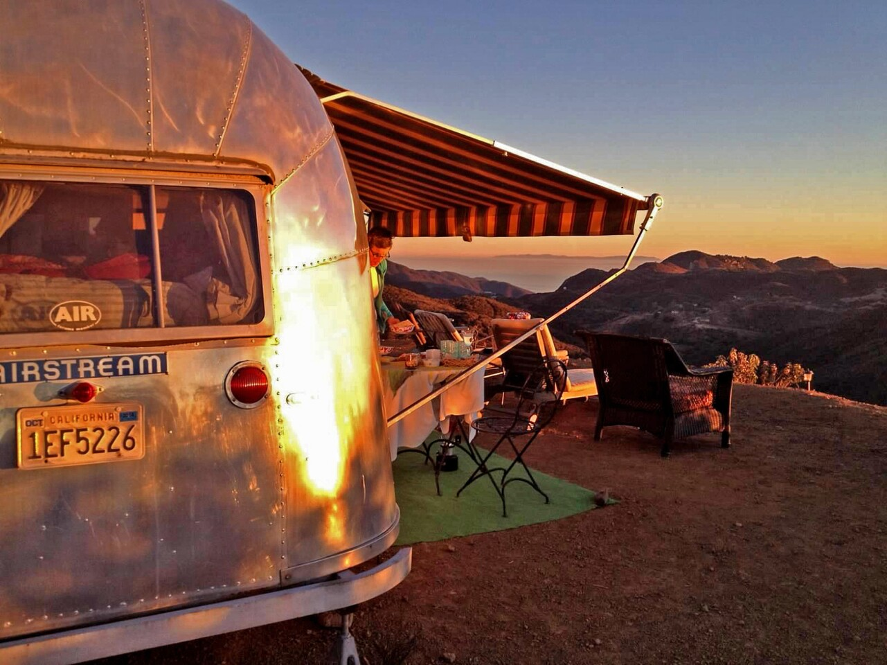 On a plateau next to a shiny 1957 Airstream Flying Cloud with 360-degree views of the Pacific Ocean, we could sit out and watch the Santa Monica Mountains and a giant sapphire sky. There was no one else in sight.