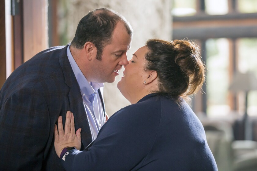 """Chris Sullivan plays Toby Damon and Chrissy Metz plays Kate Pearson in NBC's """"This Is Us."""""""