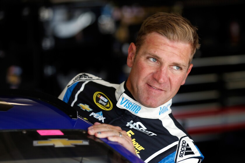 Clint Bowyer can't get out of his spin with current team