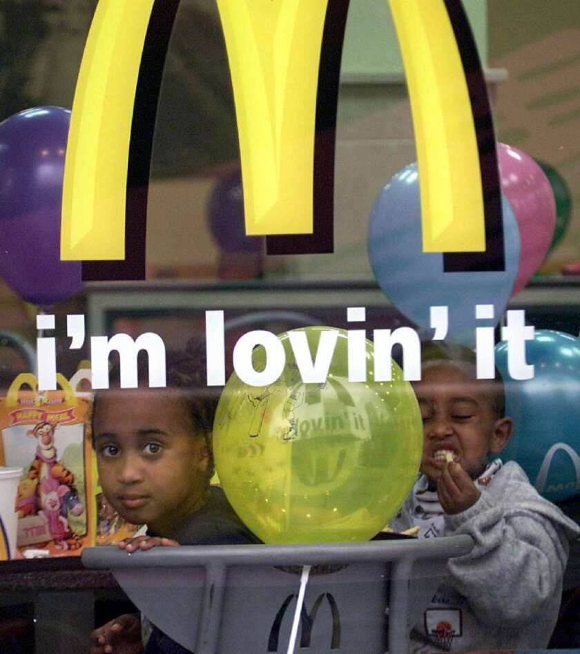 If you closed all the fast-food restaurants, would fewer U.S. kids be fat? A new study says no.