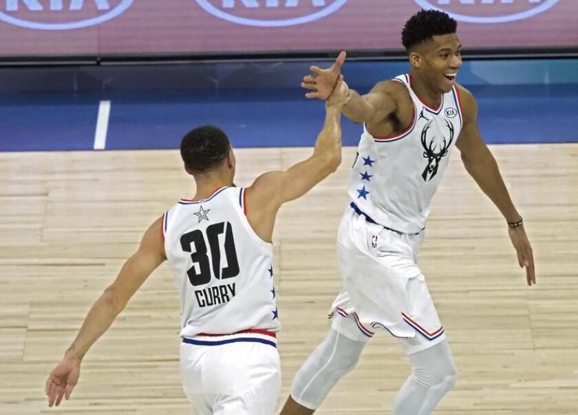 Bucks y Nuggets encabezan triunfos de los favoritos; Lakers vuelven a ganar