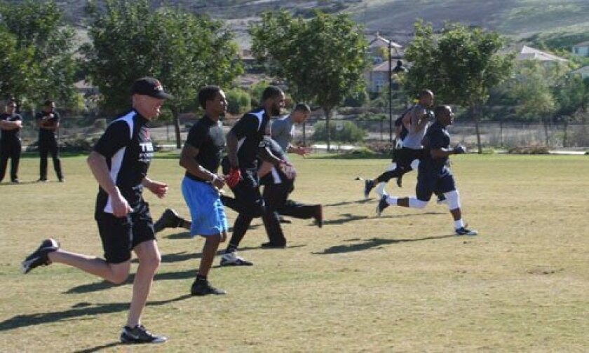 Jeff Garcia helps train athletes