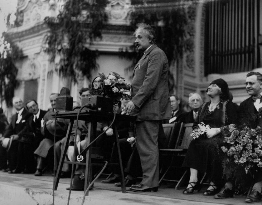 Albert Einstein at Spreckels Organ Pavilion, Dec. 31, 1930