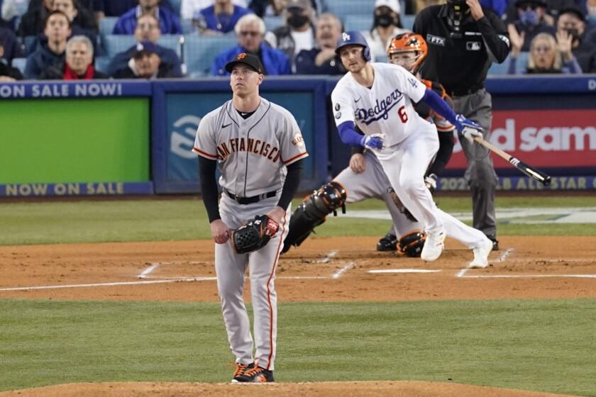 El lanzador abridor de los Gigantes de San Francisco Anthony DeSclafani