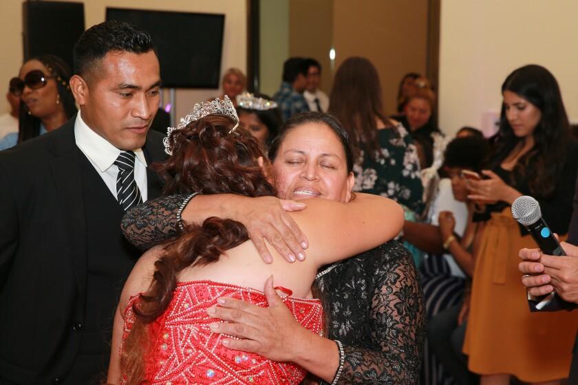 Después de un pasado de abuso, joven latina encontró esperanza en los hogares de crianza