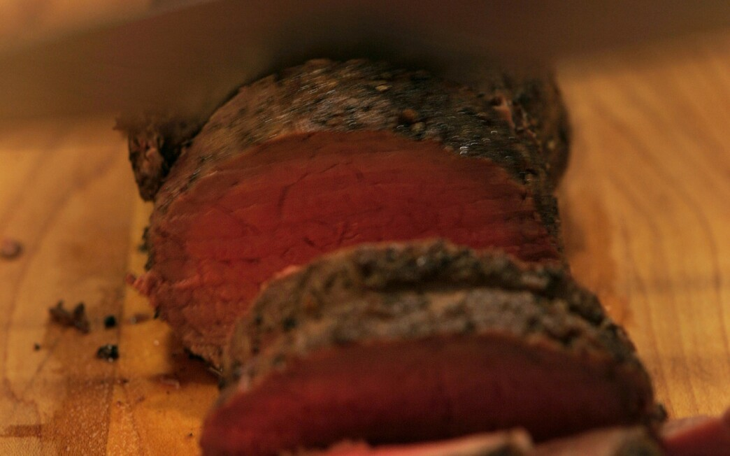 Roasted or grilled fillet of beef with black pepper