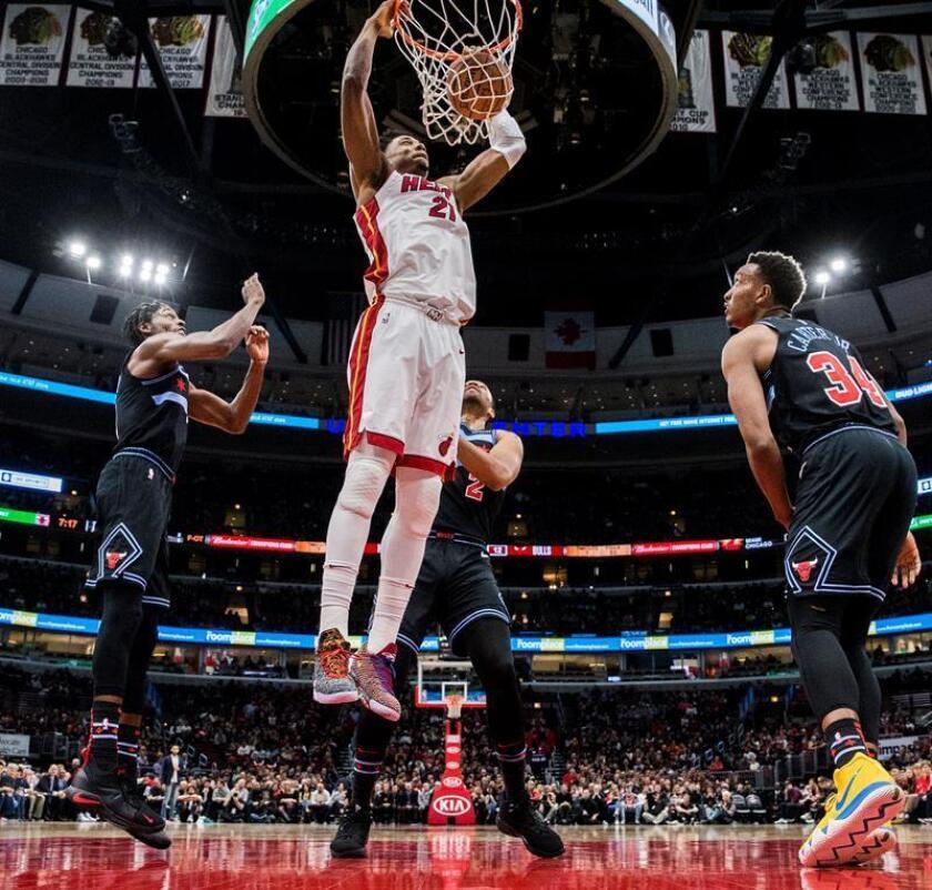 El jugador de Miami Heat Hassan Whiteside (c). EFE/Archivo