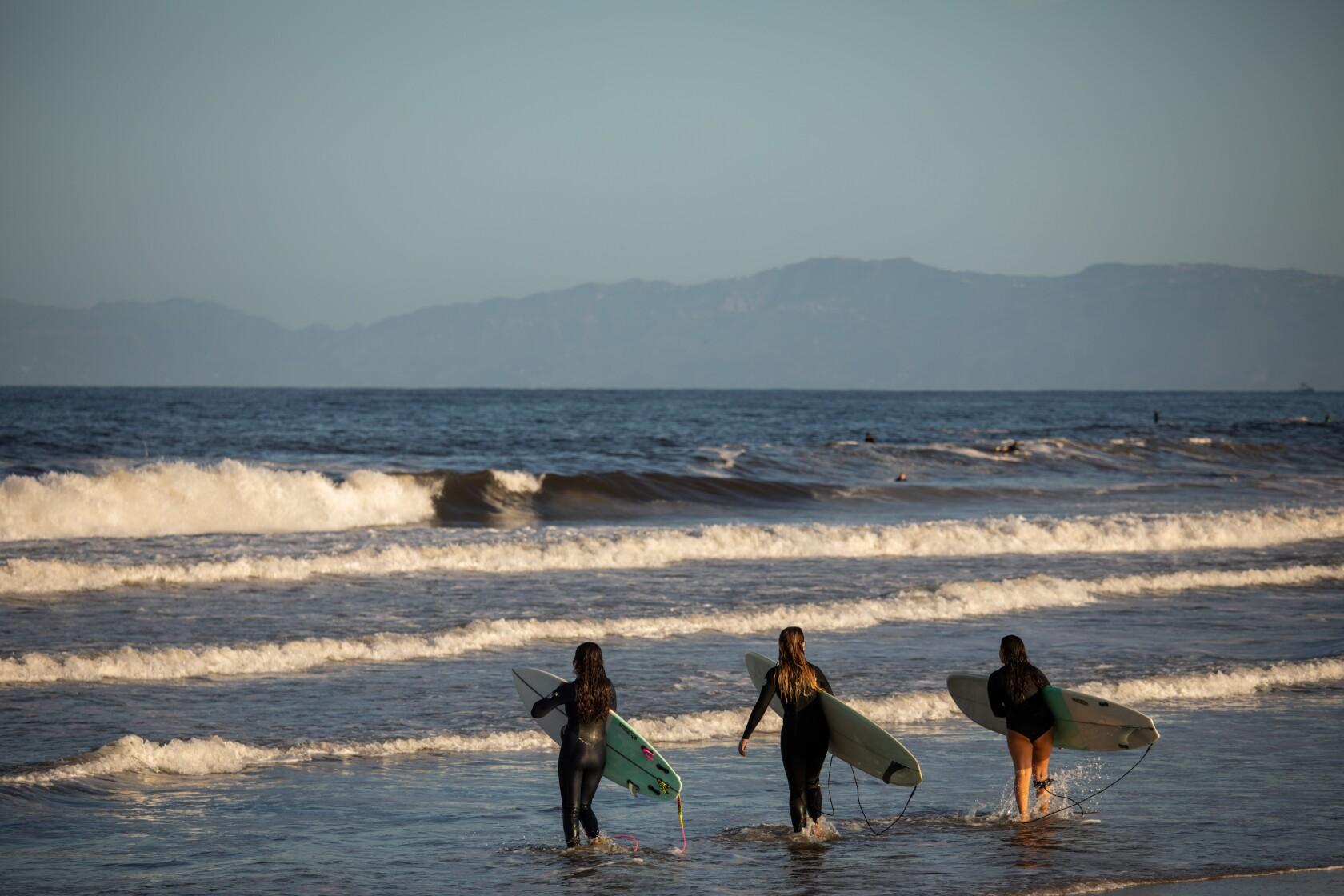 Los Angeles County beaches reopen in a coronavirus milestone