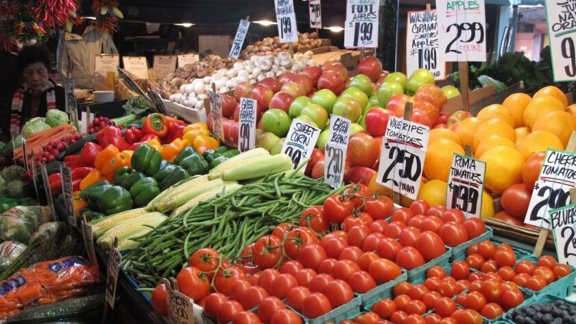 About 1.3 billion tons of the food produced around the world never gets eaten, according to the Unit