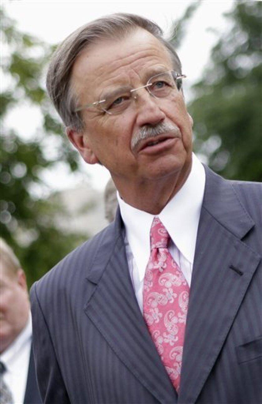 Navistar CEO steps down, interim replacement named - The San Diego
