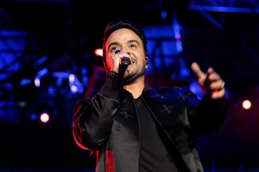 """""""Vida"""", noveno disco de Luis Fonsi, es el álbum latino más vendido de 2019"""