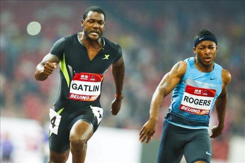 En la imagen, el atleta estadounidense Justin Gatlin (i). EFE/Archivo