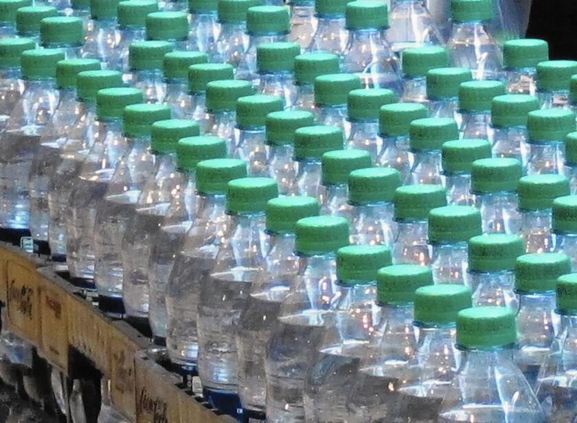 la-me-1010-water-campaign-ap-jpg-20151011