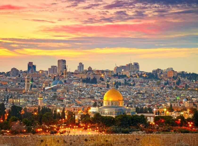 An eight-day budget tour to Israel visits Jerusalem and another iconic locales.