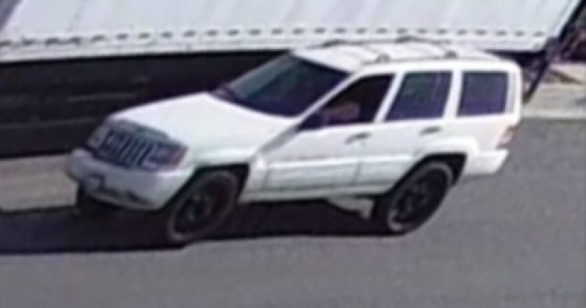 Paar gesucht, nachdem Sie Schießen, Hund, lassen Sie es tot in der Gosse in La Mirada, Behörden sagen