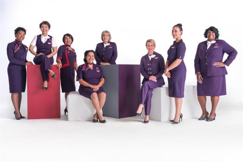 Delta presenta los nuevos uniformes que usarán sus empleados a partir de mayo