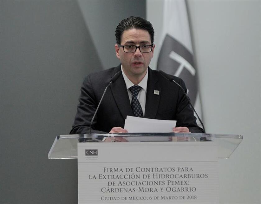 Comisión Hidrocarburos apoya decisión de López Obrador de revisar contratos