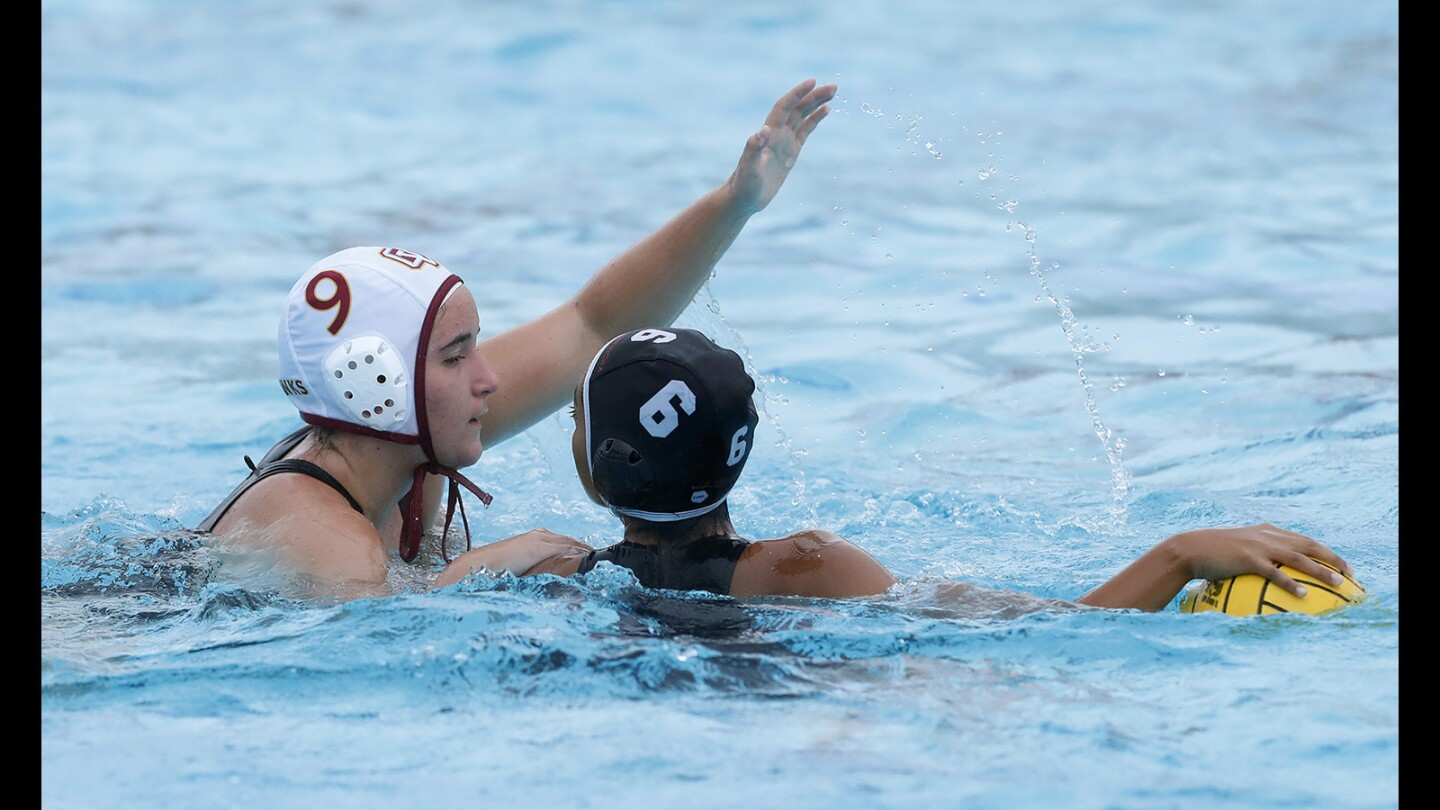 Ocean View's Tori Warren puts pressure on Segerstrom's Mia Favela during a game on Tuesday, January 9.