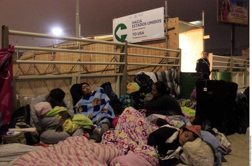 El Instituto Nacional de Migración (INM) calcula que desde hace dos meses han llegado alrededor de 3 mil personas a Tijuana, de las cuales unas dos terceras partes ya ingresaron a Estados Unidos.