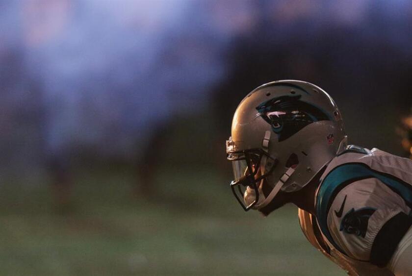 En la imagen, el jugador de los Panthers de Carolina Cam Newton. EFE/Archivo