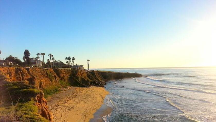 Sunset Cliffs Beach (Amy T. Granite)