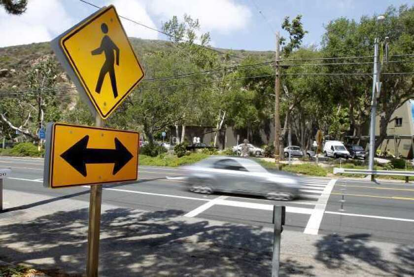 LCAD president, building owner want stoplight in front of campus
